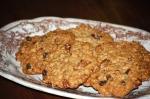 Maple, Pecan, and Raisin Oaty Cookies